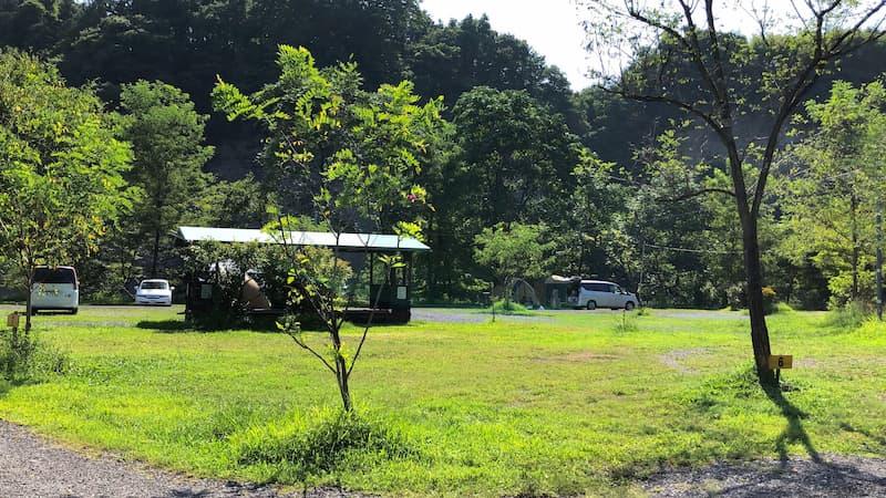 巴川オートキャンプ場キャラバンサイト