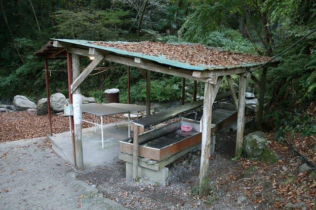 橋立川キャンプ場炊事場