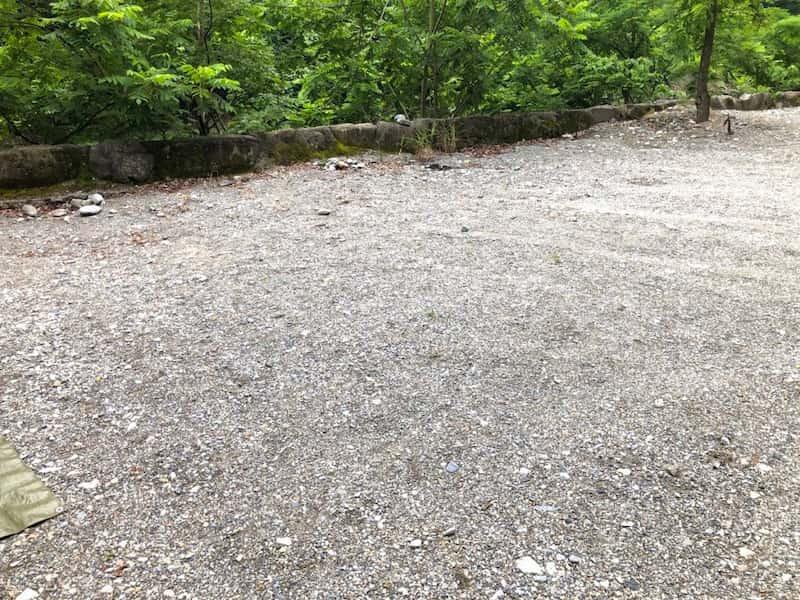 将門の滝オートキャンプ地面