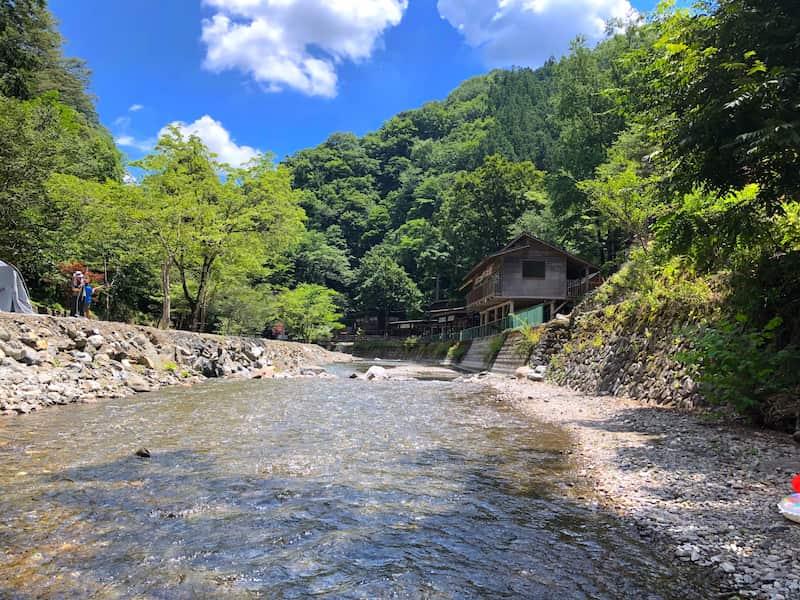 両神キャンプ場川遊び
