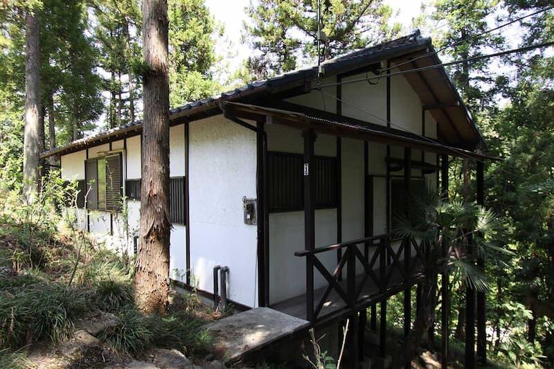 浦山口キャンプ場ロッジサイト