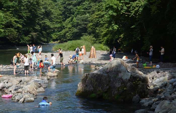 つちうちキャンプ場川
